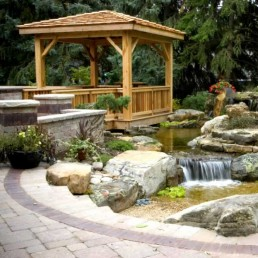 Natural rock pond + pergola